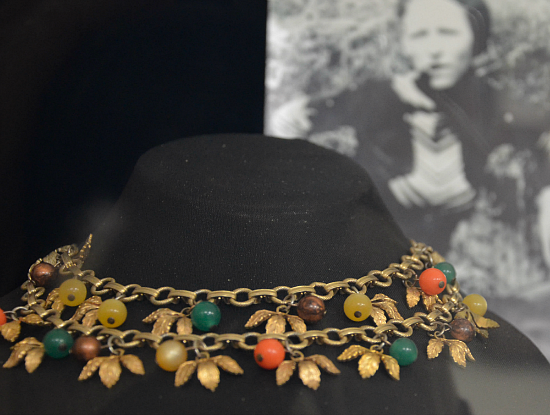 joplin-museum-necklace-1