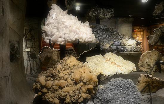 joplin-museum-rocks