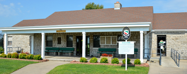 Schiff golf clubhouse